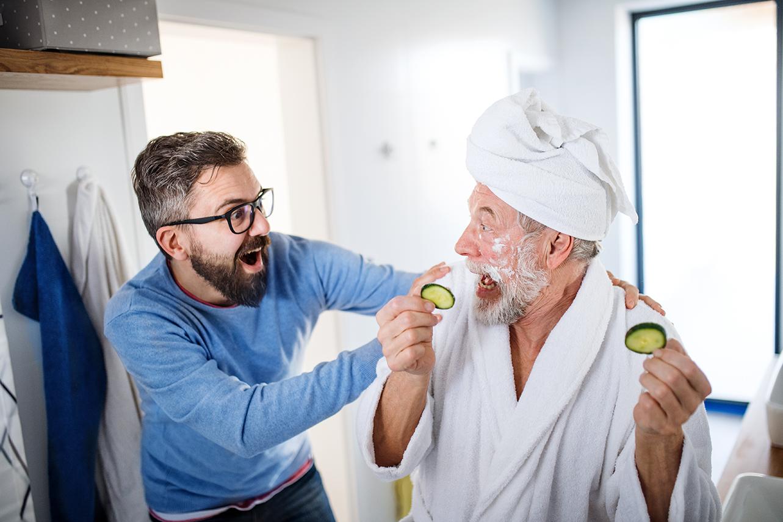 Männer und Kosmetik? - Bild: Halfpoint Shutterstock.com